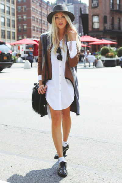 Beige Shirt Dress with Black Hat